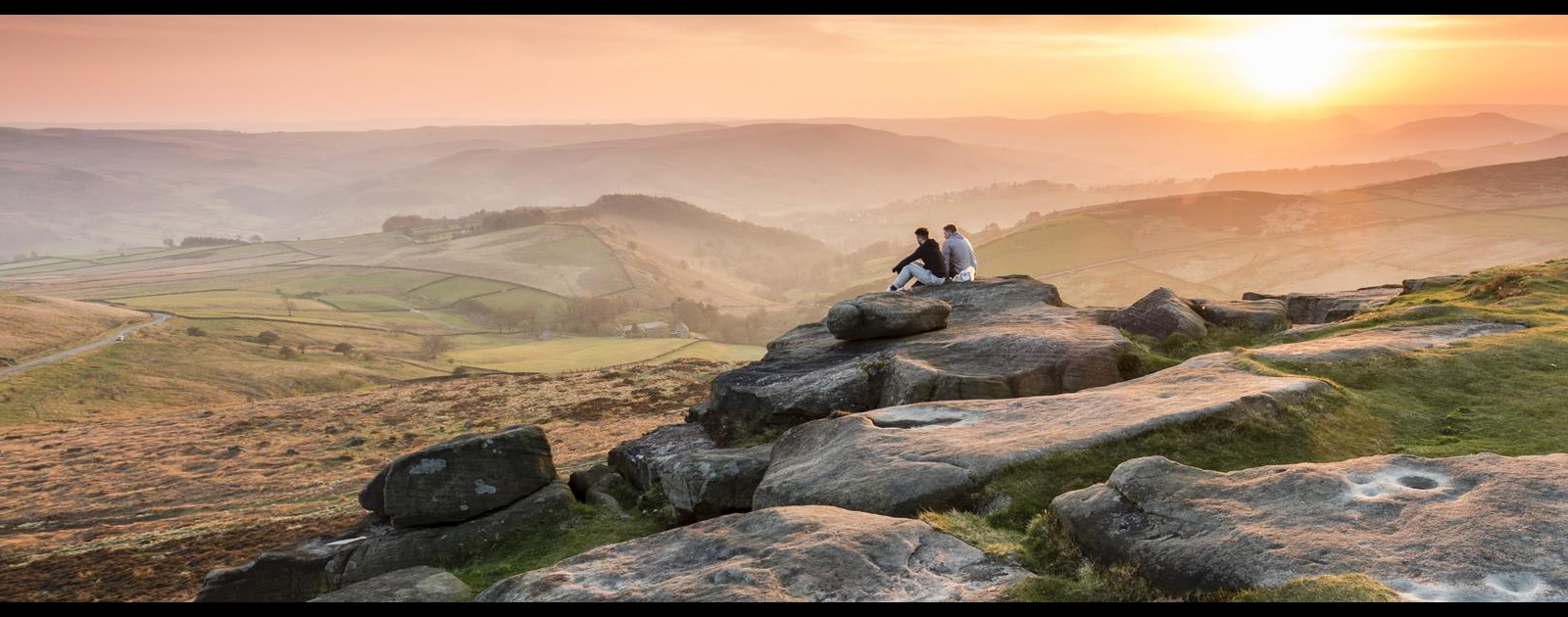 he Edges - gritstone jagged rocks with a lovely view