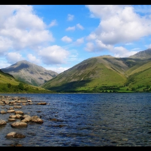 Guided walking in the Lake District - by the side of Grasmere Lake
