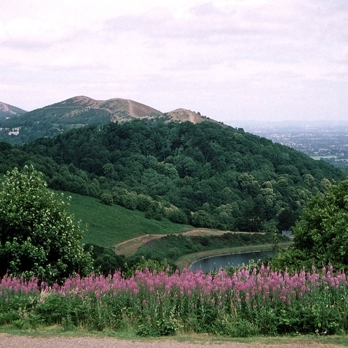 Guided walking in Malvern Hills - a long view